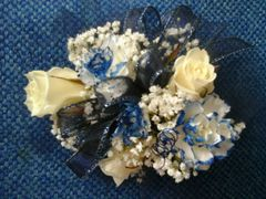 02-Rb Royal Blue & White Wrist Corsage