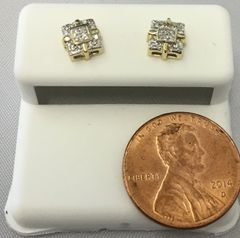 10K Mini Square Box Desgin Pattern Round White Diamond VS1 Earrings