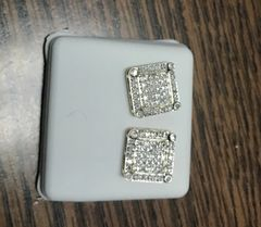 10k Solid Yellow Gold diamond earring 111231