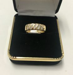 14KT Solid Yellow Gold, Real Diamond Man Rings, E186