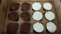 Chocolate Drop Signature Cupcake Dozen Roses