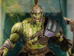 "Thor: Ragnarok One:12 Collective Hulk ""Preorder ETA 05/18-07/18"""