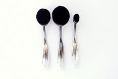 Oval Brush Face Trio