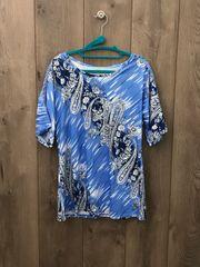 BLU001-Short Sleeve Top w/ Lace Shoulder Cut Ou