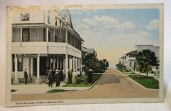 1920s White Border Postcard Sixth Avenue, Pass-A-Grille Fla Unused