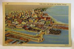 OUTER DRIVE LINK BRIDGE AND SKYLINE, CHICAGO, ILL. LINEN POSTCARD 1940's