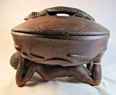 Vintage Carved Hardwood African Serving Bowl Lady Lizard #2544