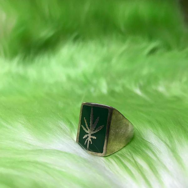 Green Square Sweet Leaf