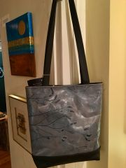 Leaf Leather Tote Bag in Grey