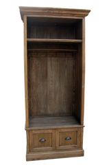 Hall Closet (TB_M0078)