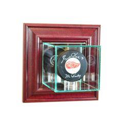 Wall Mount Single Hockey Puck Glass Display Case