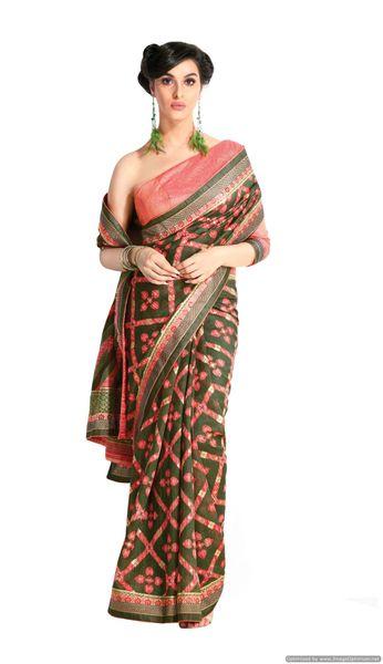 Designer Green Handloom Silk Light Embellished Saree SCMIS02