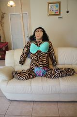TIGRESS IS IN HER BIKINI GREEN SET. WE WILL NEVER HAVEA HEADACHE AND SEE REST OF MOTO BELOW.