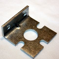 535-7356-00 Coil support bracket with notches.