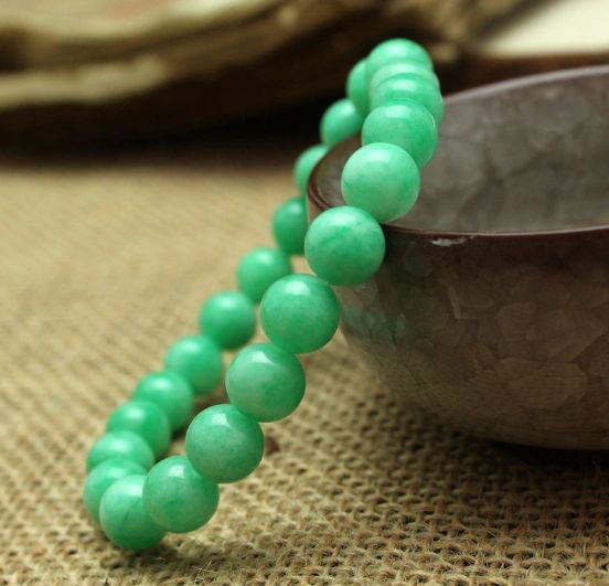 Green Jade beaded Stone bracelet
