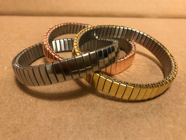 Expandable watch strap tri-color bracelet