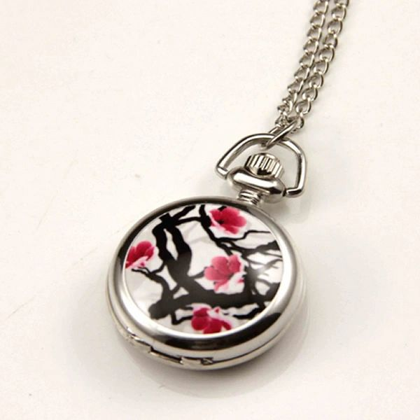 Blossom locket with time