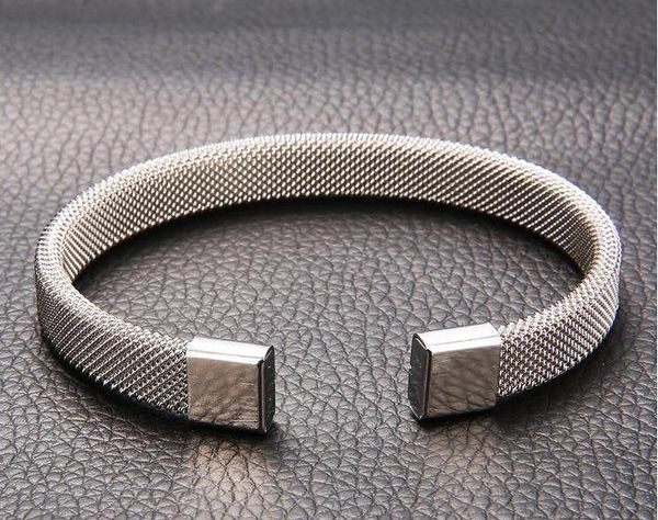 Stainless steel textured mesh adjustable bangle