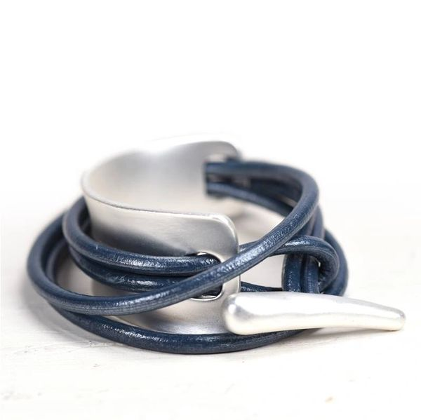 Wrap leather bracelet with toggle Clasp