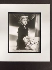 ANGELA LANSBURY SIGNED BLACK AND WHITE PHOTO OF HER AT YOUNG AGE