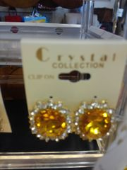 Gold Earrings GE1