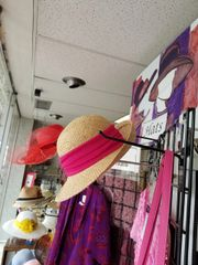 Natural Straw Hat with Hot Pink Band 418239