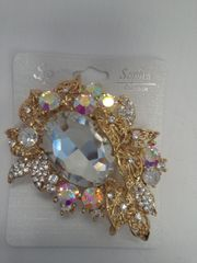 Gold Tone Brooch 5835