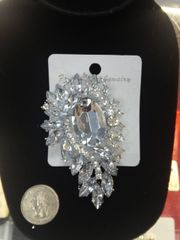 Rhinestone Brooch Pin #2788