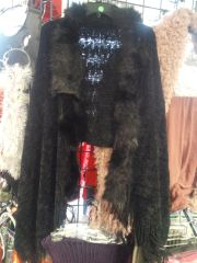 Blac Shawl w Fur