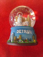 Detroit Water Globe #3632