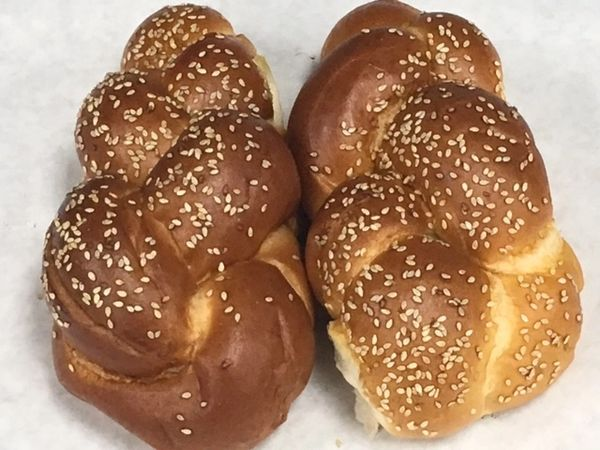 Universal Bakery Medium Sized Egg Challahs 2 Pieces