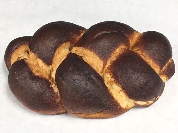Sam's Bakery Big Pretzel Challah 24 oz
