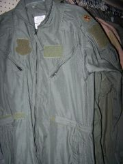 NOMEX FLIGHTSUIT, SAGE GREEN OR DESERT TAN, U.S. ISSUE *NICE*