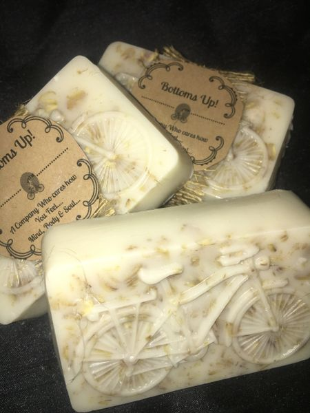 """Hand-Made """"Soothing Spa"""" Coconut Oil moisturizing Soap (Large)"""