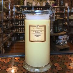 Honeysuckle Jasmine 18.5oz Soy Candle