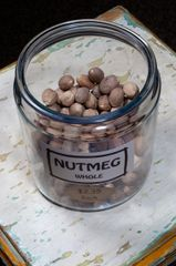 Nutmeg Whole - each