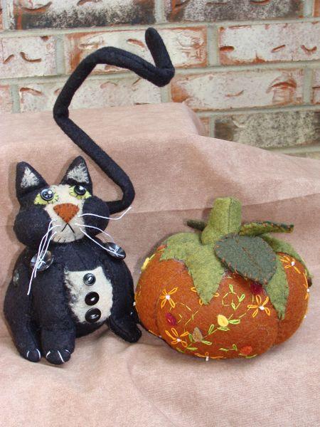 187 Black Cat And Pumpkin Pincushion Pattern Craft And