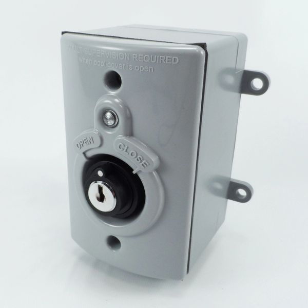 Low and high voltage Teknic switch with keys and box
