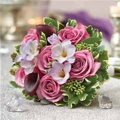PURPLE ELEGANCE PETITE BOUQUET - wed02