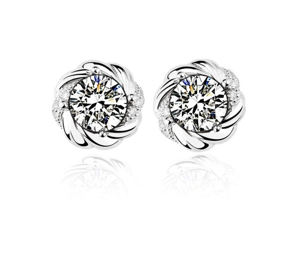 ZENA 925 Sterling Silver Flower Stud Earrings Made With Crystals From Swarovski