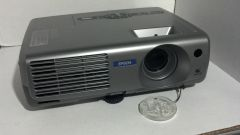 ( Sold Out! )EPSON LCD PROJECTOR MODEL: EMP-61 PROJECTOR HAS ONLY 1239 HOURS (Refurbished)