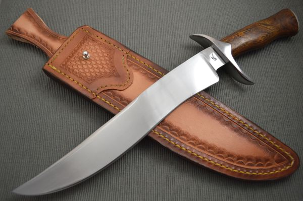 Gary Mulkey Large Recurve Bowie, Desert Ironwood, W-1 Tool Steel (SOLD)