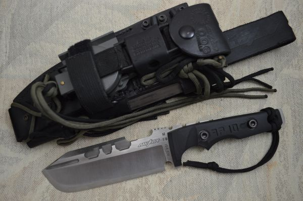 Dwaine Carrillo AIRKAT APACHE 10, Tactical Fixed Blade, Leather Sheath (SOLD)