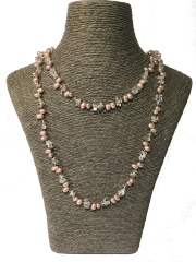 Cultured Pearl Necklace in Pale Pink and White