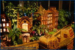 Holiday Train Show - Wed, December 12, 2018
