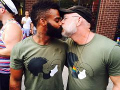 AM Kissing Beards