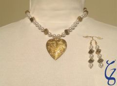 Pearl, Dice & Locket Heart with earrings