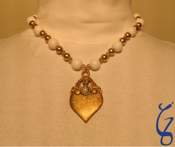 Pearl Eye Gold Vintage Pendent-SOLD