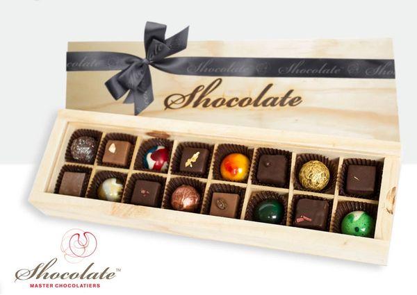Shocolate 16 piece timber gift box