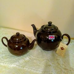 Traditional Brown Betty Teapot by Cauldon Vale Ltd. - 4 cup